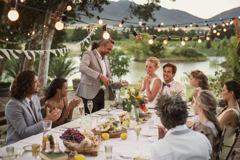 Koszt ślubu i wesela, Budżet ślubny, Budżet weselny, Koszty ślubu i wesela, organizacja ślubu i wesela z małym budżetem, Pieniądze na wesele, wesele za małe pieniądze, Wydatki na ślub i wesele,