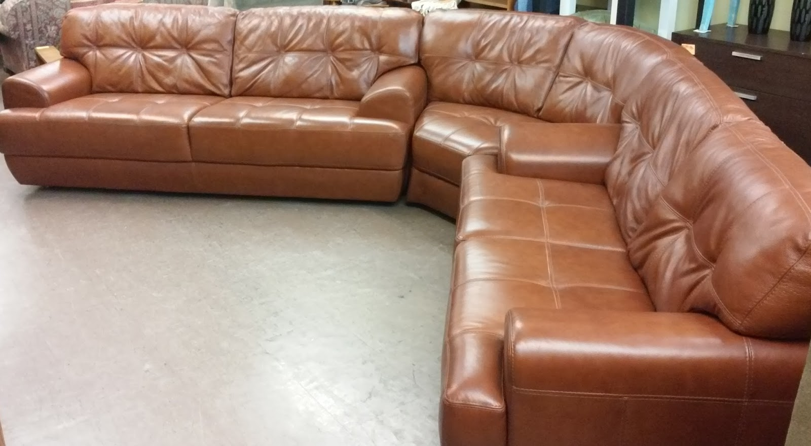 Uhuru Furniture Collectibles Sold Chateau D 39 Ax 3 Piece Leather Sectional 675