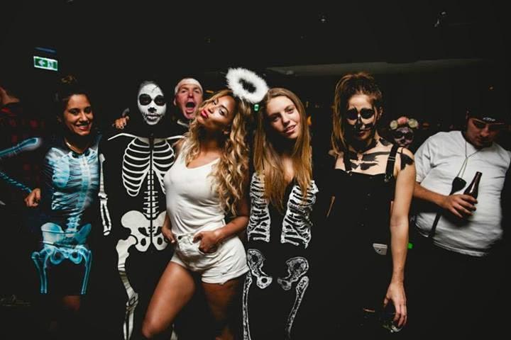 Beyonce Stars Sua Melhor Fonte De Noticias Beyonce Comemora Halloween Com Equipe Fotos Vote Em Beyonce Como Melhor Fantasia