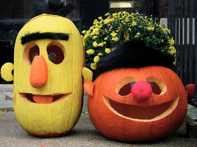 Bert & Ernie Pumpkins halloween carving decorating ideas DIY