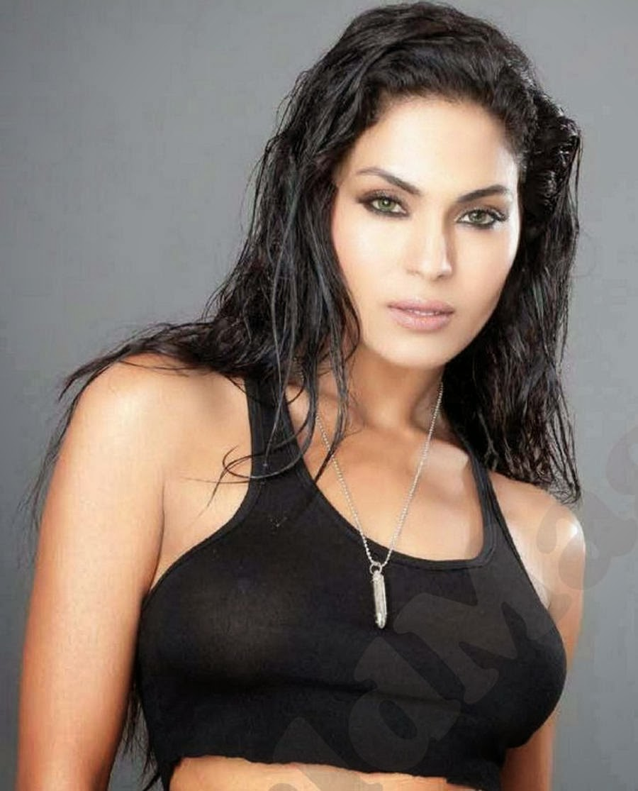 Veena Malik High Resolution Pictures