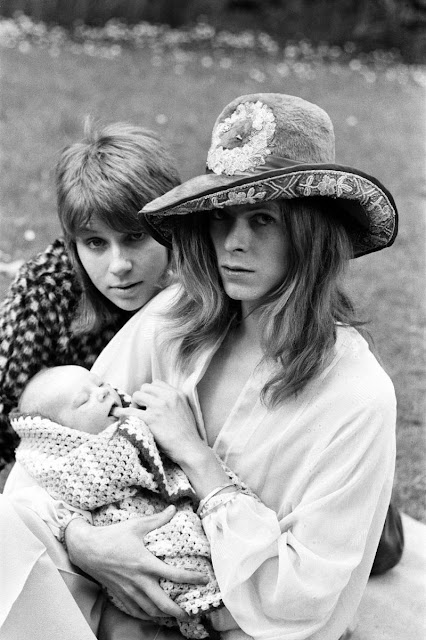 david bowie and his exwife angie taking their then 3week