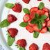 Erdbeer-Minz-Torte mit Müsliboden , ganz ohne backen*