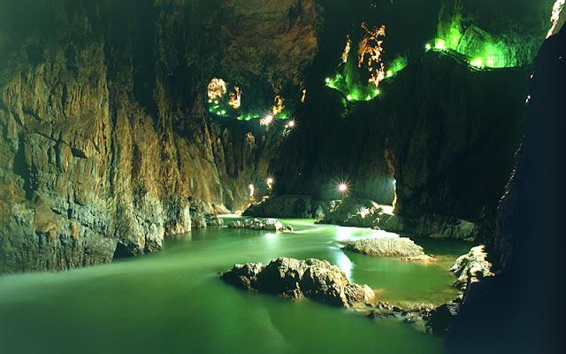 Dia 1 (I): Arribada i visita a les coves de Škocjan i el Castell de Predjama (Eslovènia)