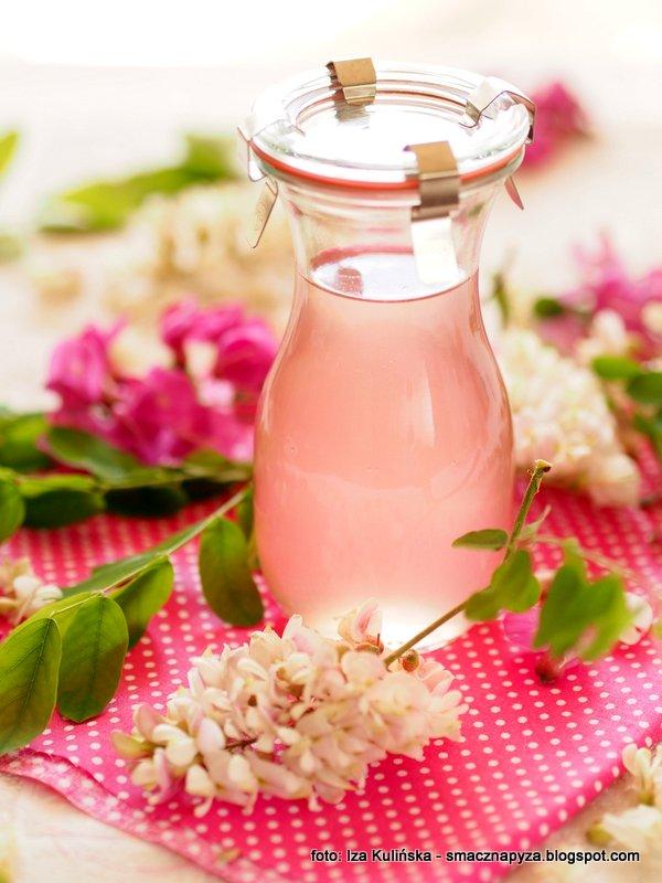 syrop kwiatowy, kwiaty akacji, kwiaty robinii, robinia akacjowa, z lasu, wykorzystanie kwiatow jadalnych, kwiaty jadalne, produkt naturalny, do napojow, przetwory