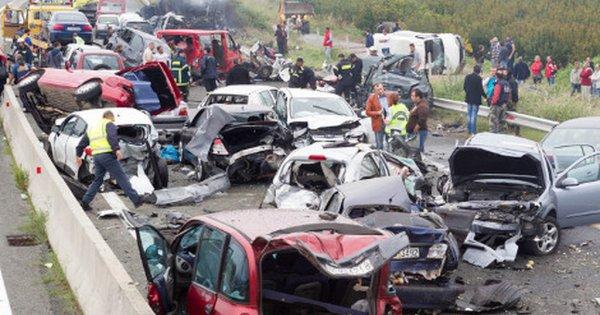 ΗΠΑ: Καραμπόλα 30 οχημάτων - 2 νεκροί και 44 τραυματίες (βίντεο)