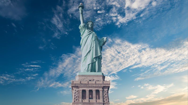 The iconic Statue of Liberty in New York City HD