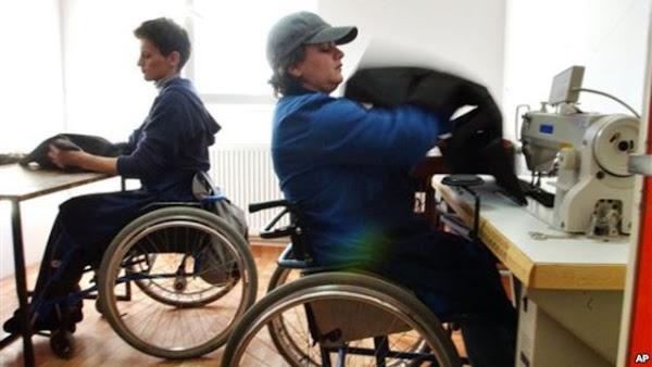 Perusahaan dengan karyawan penyandang disabilitas | Buku Tahu