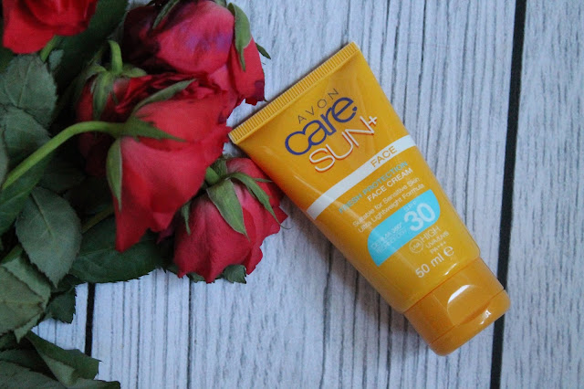 Avon Care Sun krem do twarzy SPF 30