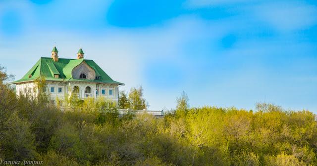 Дом на холме Чебоксары