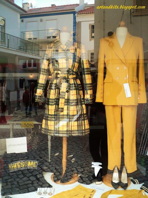 E hoje... deixo-vos uma imagem, com uma das cores tendência, desta Primavera... E umas dicas, de uma das minhas bloggers de moda favoritas... / And today... I leave you an image, with one of the trend colors, for this Spring... And some tips, from one of my favorite fashion bloggers...