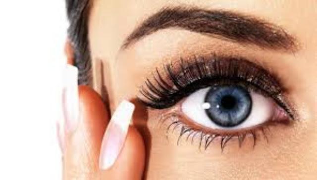 5 Treatment Khusus untuk Membuat Bulu Mata Kamu Menjadi Lebih Lentik dan Menarik