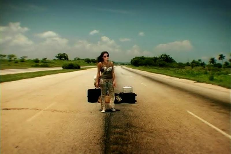 Celine - ¨No necesito de Ti¨ - Videoclip - Dirección: Joel Guilian. Portal Del Vídeo Clip Cubano - 03