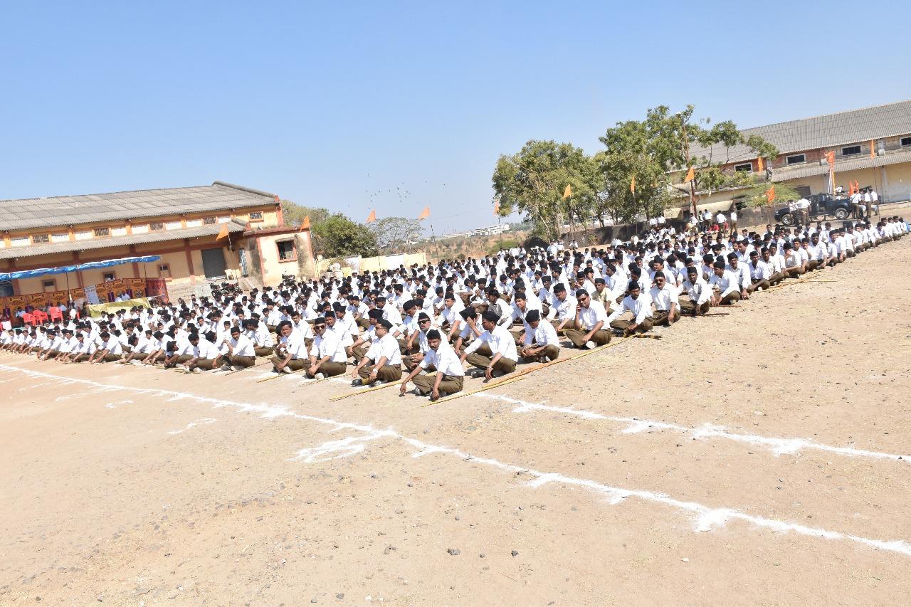 मेघनगर में निकला राष्ट्रीय स्वयंसेवक संघ का भव्य पथ संचलन