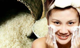 Bí quyết làm trắng da toàn thân đơn giản từ bột cám gạo