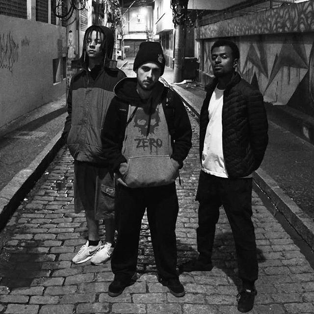 """TrinkaRap dropa o single """"Põe na Conta"""" com direção de Vitor Casemiro."""