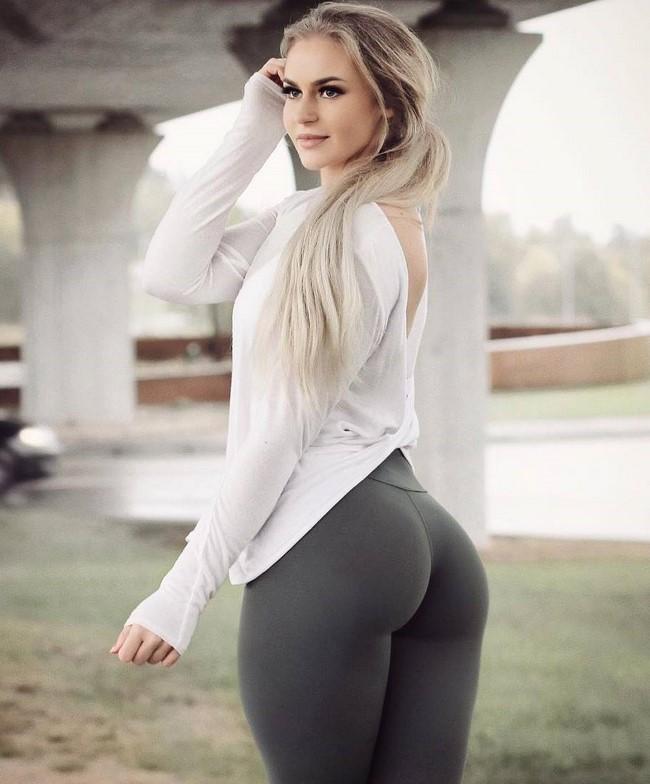 Mulheres gostosas com calça legging