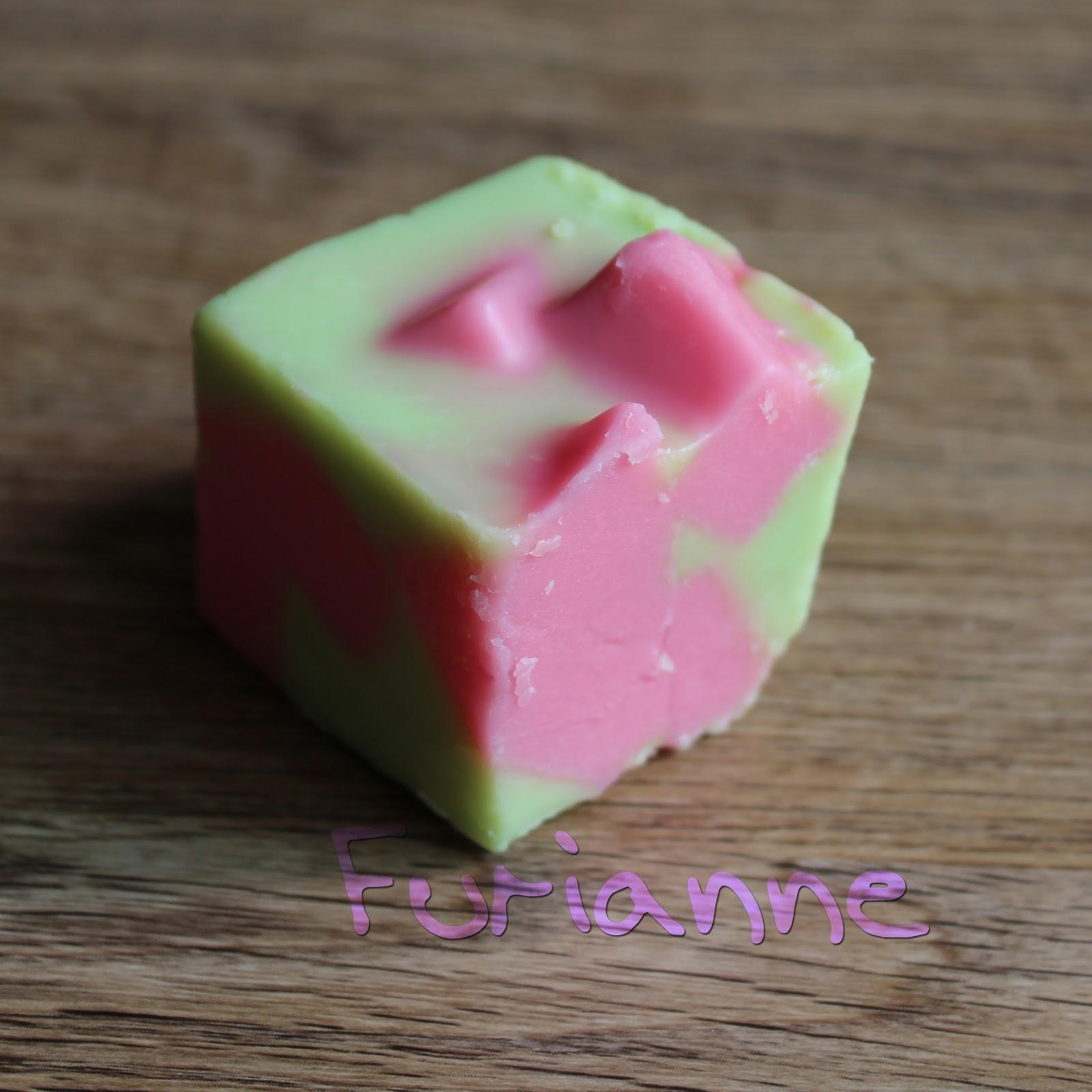 Furianne: Glitterati - Strawberry/Eucalyptus/Cucumber Mint