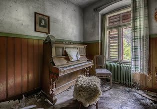 MouseCity Abandoned Hoste…