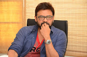 Venkatesh stylish photos gallery-thumbnail-18