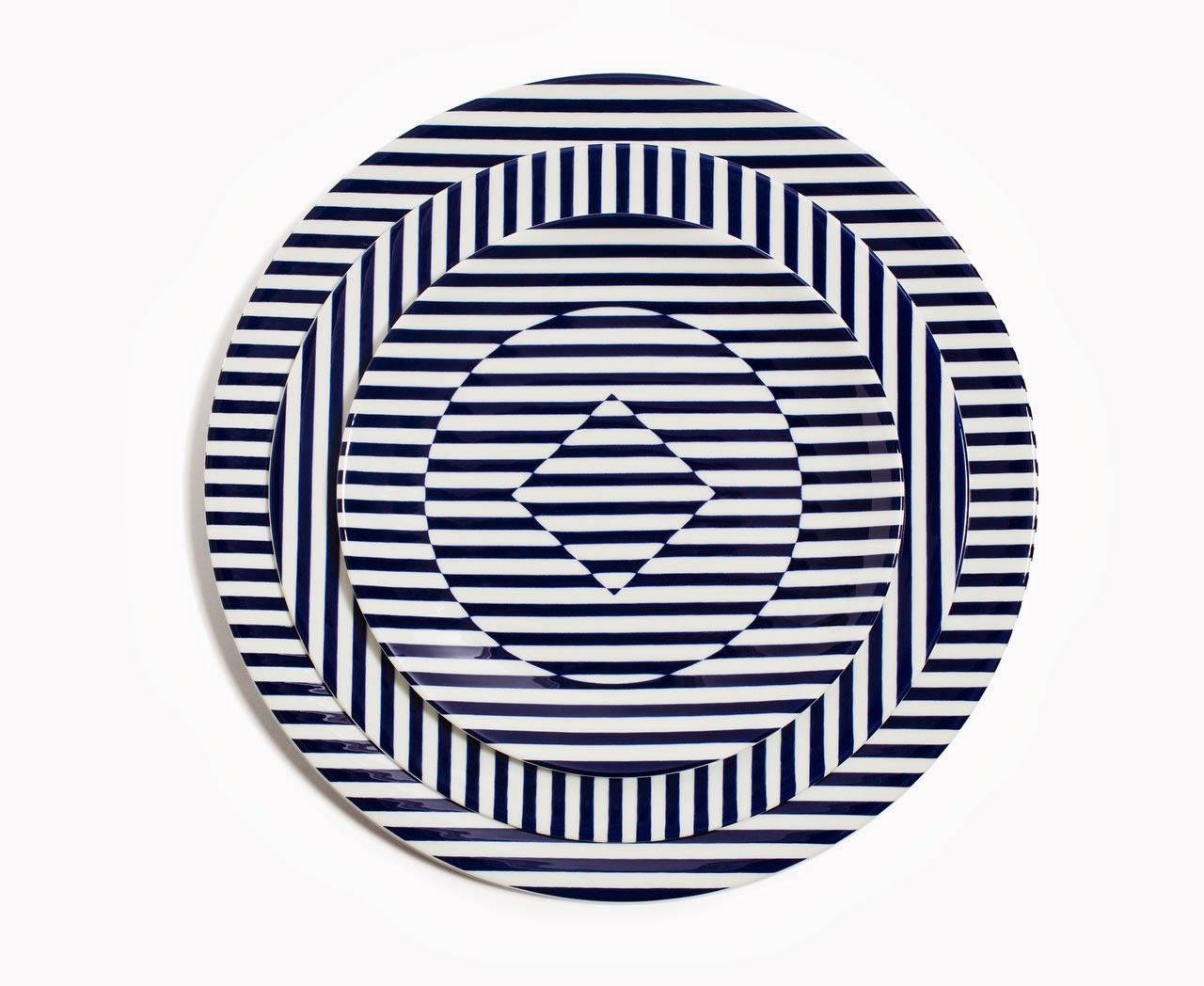 02-Richard-Brendon-Patternity-Reason-Dinnerware-www-designstack-co