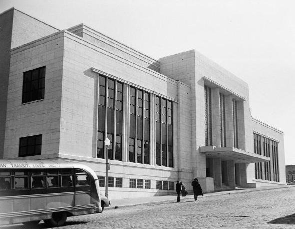Seal Place: Atlanta Municipal Auditorium