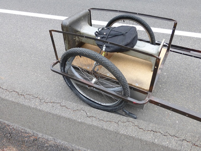 bike trailer flat tire
