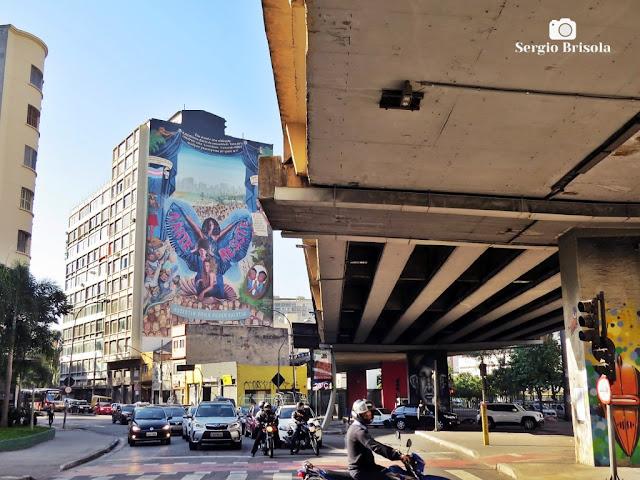 Foto composição com o Elevado Presidente João Goulart (Minhocão) e Mural Resistir e Existir - Vila Buarque - São Paulo