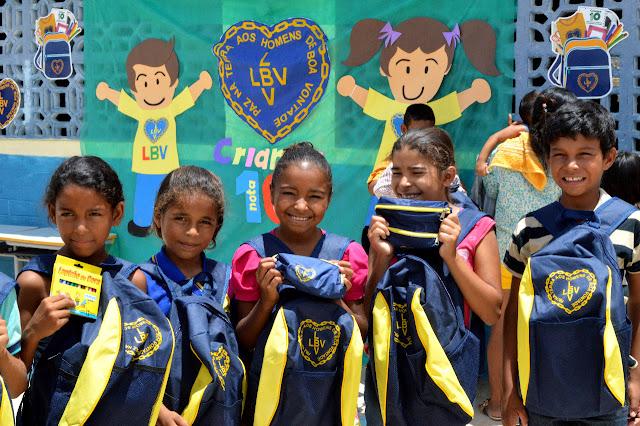 Resultado de imagem para LBV apoia famílias para que seus filhos sejam motivados a frequentar a escolar