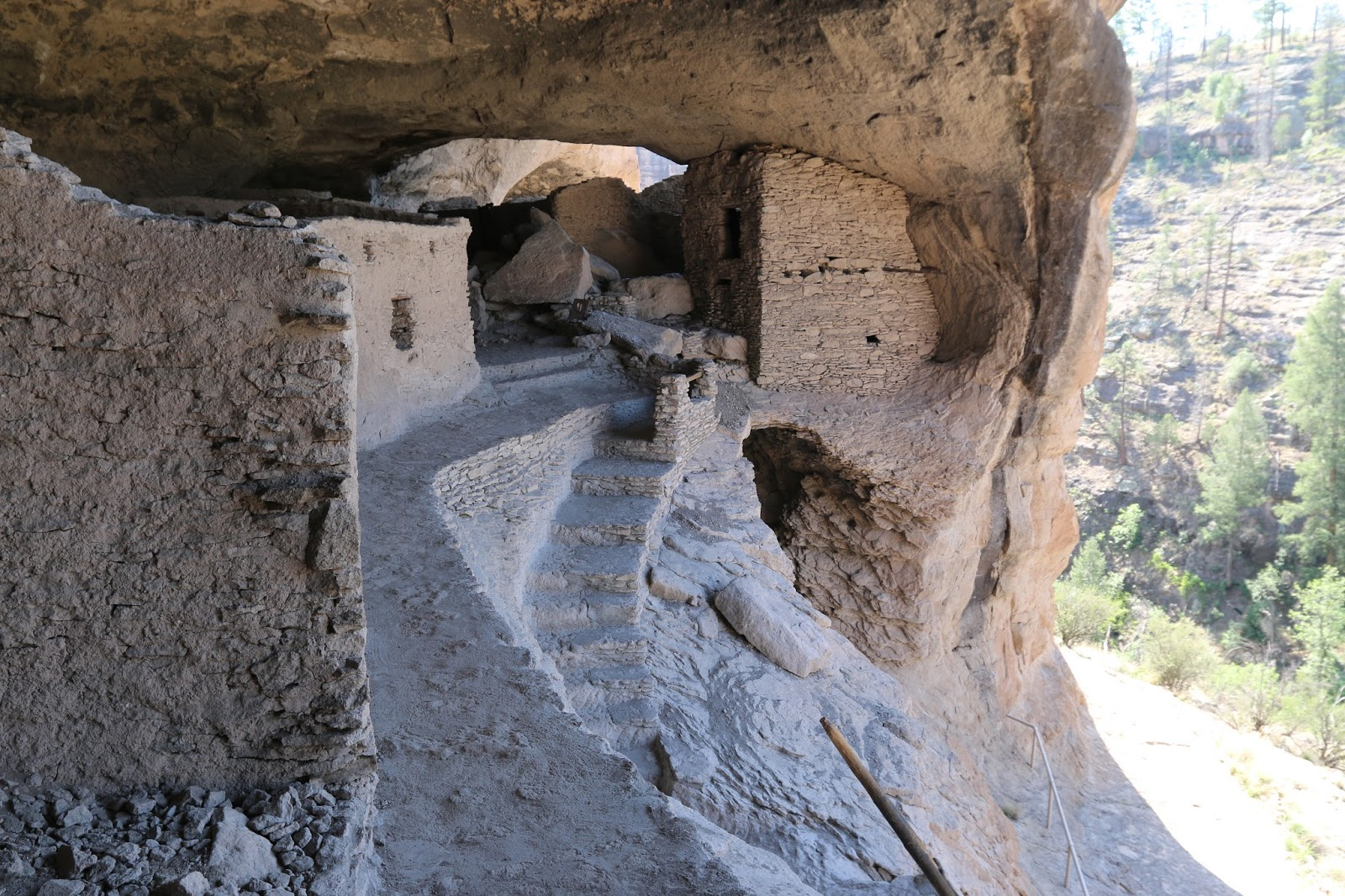 gjhikes com  gila cliff dwellings