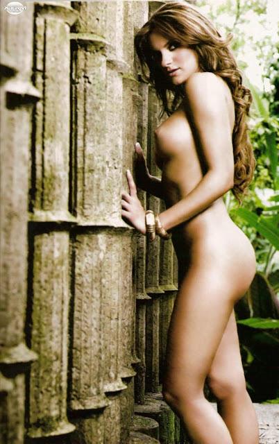 Mariana Seoane desnuda H Extremo Octubre 2007 [FOTOS]-8