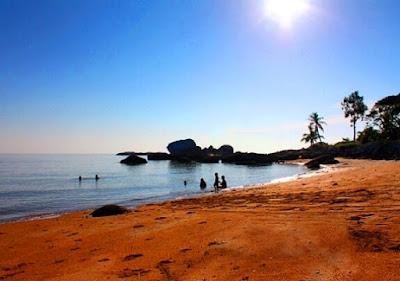 Pantai pengkalan balak melaka