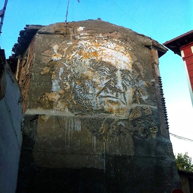 Street Art By Vhils For Avant Garde Urban In Tudela, Spain. 1