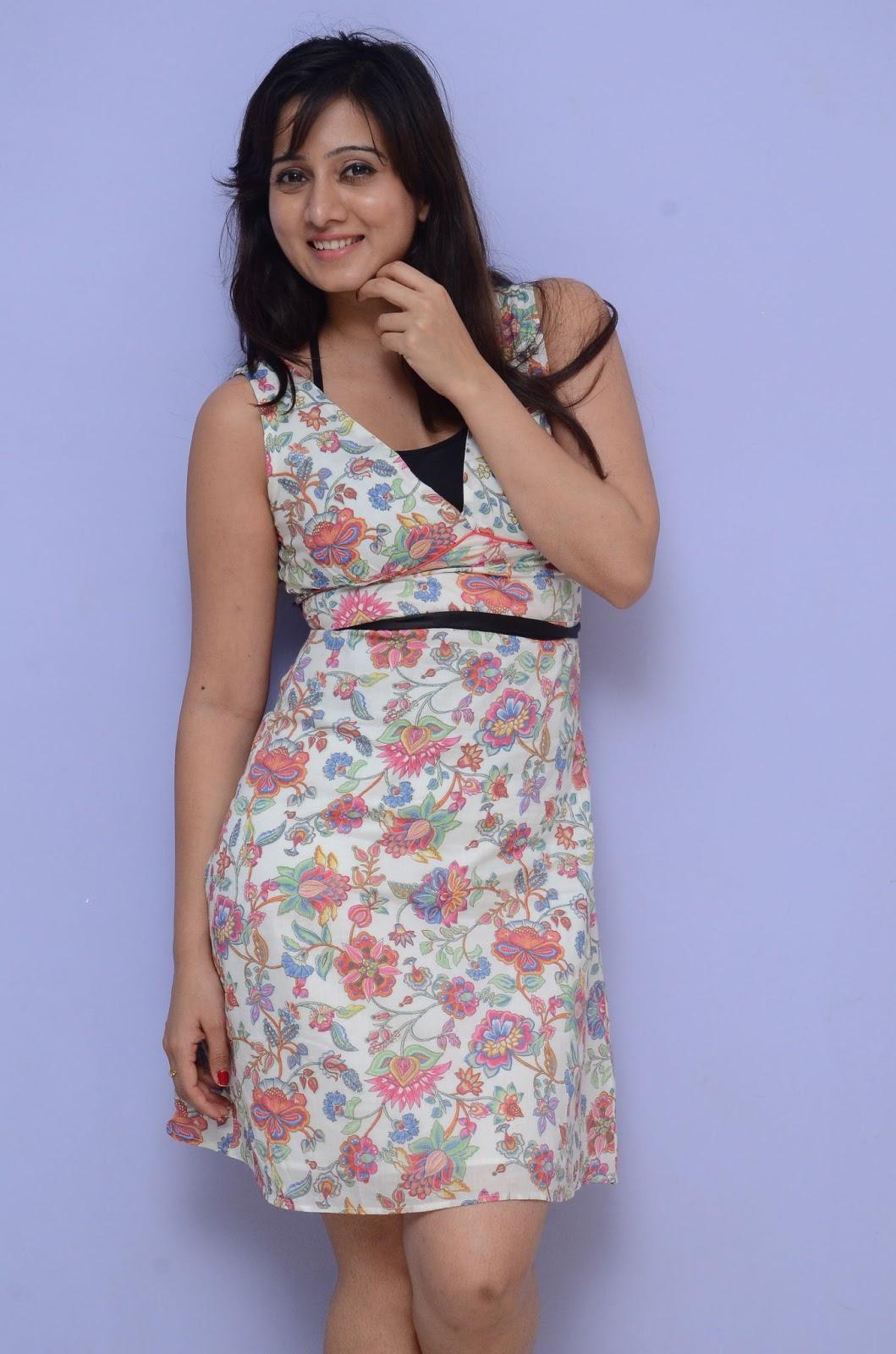 Harshika Pooncha latest glam pics-HQ-Photo-18