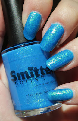 http://lacquediction.blogspot.de/2015/09/smitten-polish-opal-collection-aer-opal.html