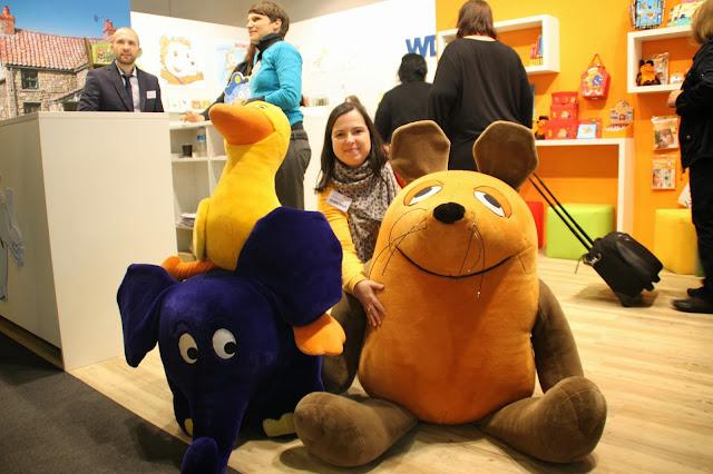 http://sharonbakerliest.blogspot.de/2013/10/frankfurter-buchmesse-2013.html