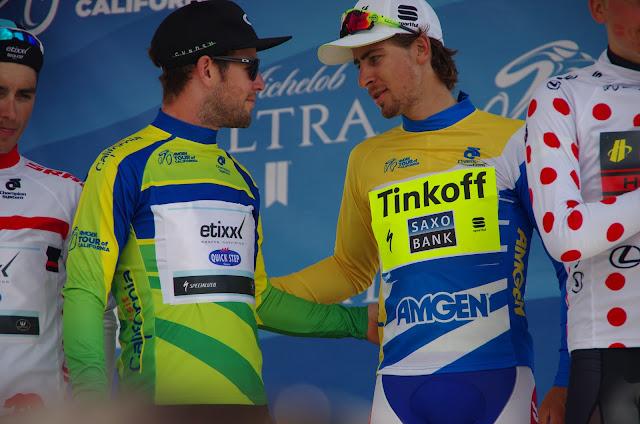 Mark Cavendish (green jersey) and Peter Sagan (yellow jersey)