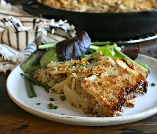 Cheesy-Beef-and-Potato-Casserole-4