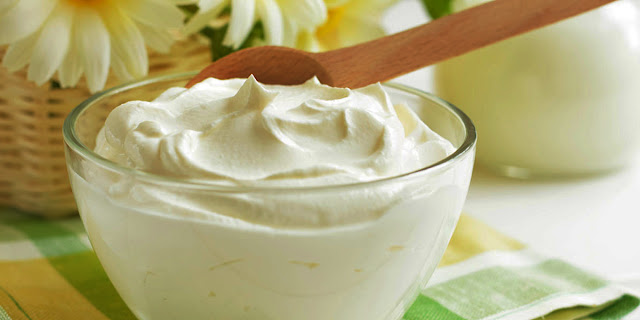 manfaat yoghurt cimory, manfaat yoghurt untuk wajah, efek samping yoghurt, manfaat yoghurt untuk diet, manfaat yoghurt untuk pencernaan, khasiat yogurt untuk keputihan, manfaat minum yoghurt sebelum tidur, manfaat yoghurt untuk ibu hamil, YOGURT sebagai Aneka Minuman Penurun Berat Badan