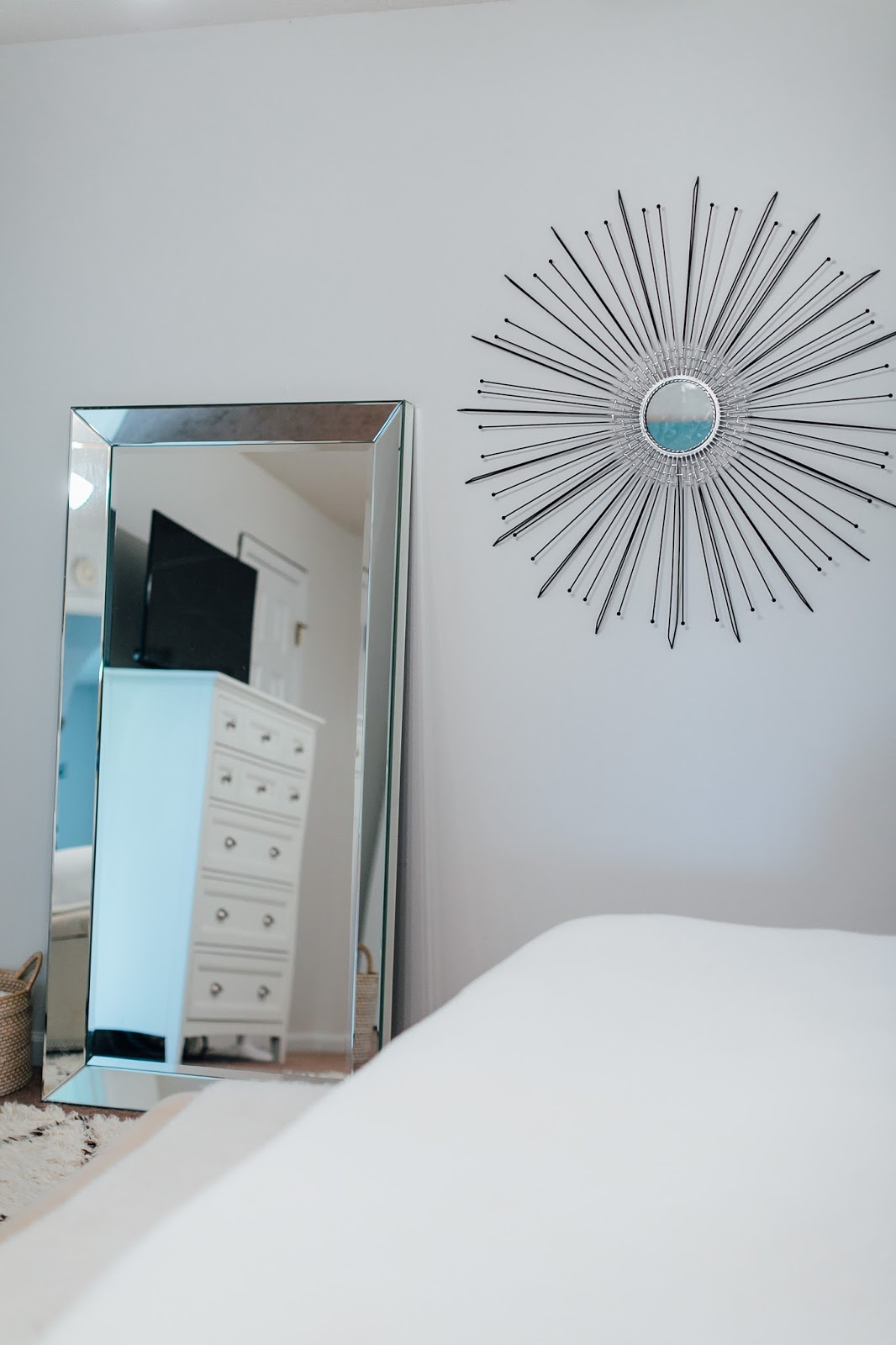 Bedroom Makeover: How to Update Your Bedroom for a Summer Refresh by popular blogger Walking in Memphis in High Heels