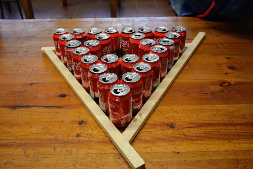 Triángulo de Sierpinski latas