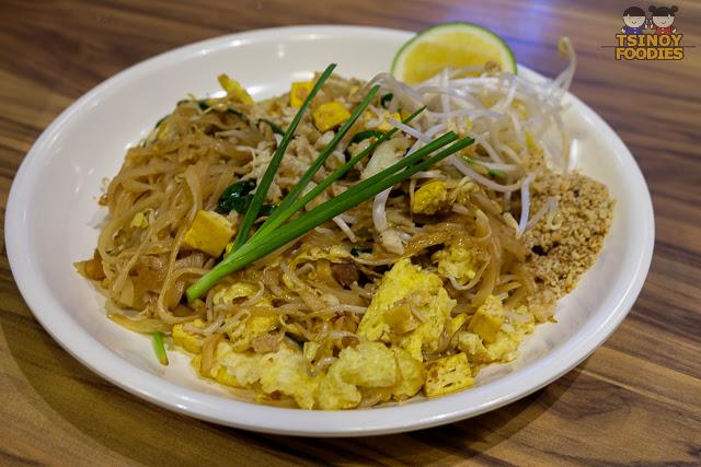 pad thai crabmeat