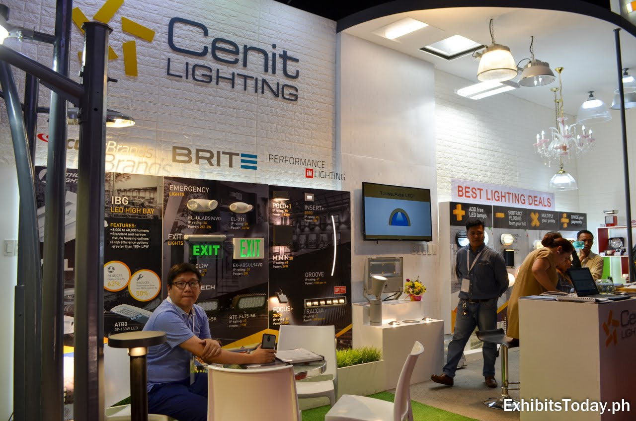 Cenit Lighting trade show display