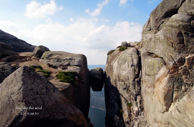 【挪威-奇蹟岩攀登實記】 驚嚇指數百分百,一生一次就夠了-超級無敵可怕但值得一去的奇蹟岩 Kjeragbolten (Kjerag)