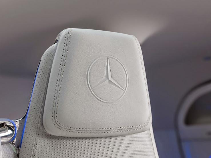 Mercedes-Benz autonomous car interior