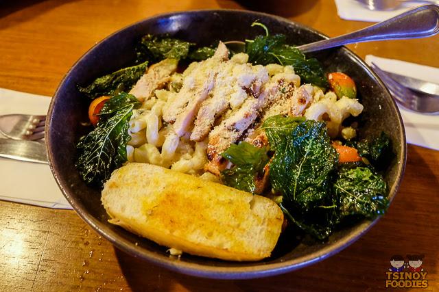 spinach artichoke grilled chicken cavatanni