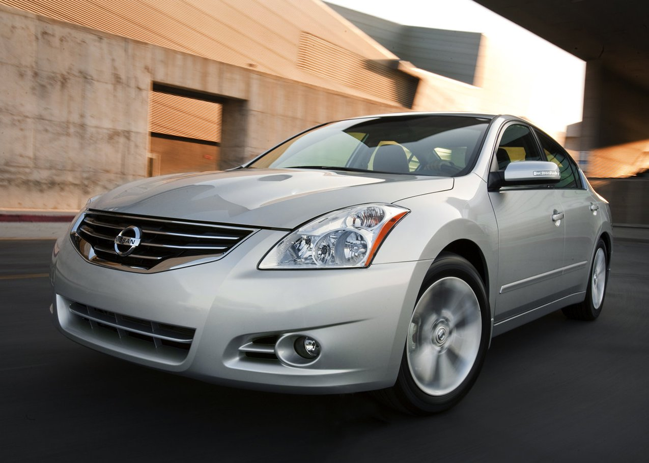 cars for sale used cars cars reviews and car pictures 2011 nissan altima. Black Bedroom Furniture Sets. Home Design Ideas