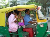 rickshaw , nueva delhi, india, vuelta al mundo, round the world, información viajes, consejos, fotos, guía, diario, excursiones
