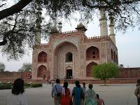 tumba de Akbar, Sikandra, india, vuelta al mundo, round the world, información viajes, consejos, fotos, guía, diario, excursiones