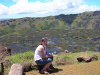 volcan rano kau, orongo,isla de Pascua, easter island, chile,vuelta al mundo, round the world, información viajes, consejos, fotos, guía, diario, excursiones